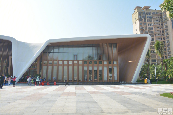 东方万悦城实景图